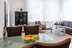 Wohnzimmer Ferienwohnung 02 Villa Höger