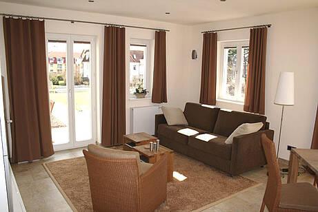 Wohnzimmer der Ferienwohnung 04 in der Villa Wagenknecht