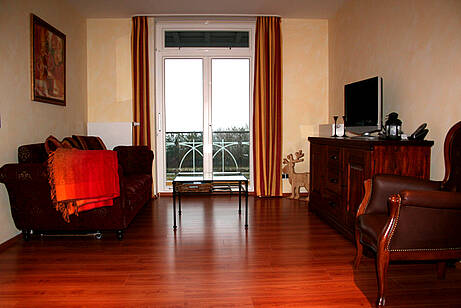 Wohnzimmer der Ferienwohnung 14 in der Villa Wagenknecht