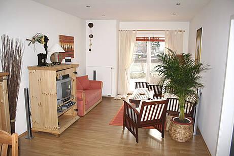 Wohnzimmer der Ferienwohnung 02 in der Villa Wagenknecht