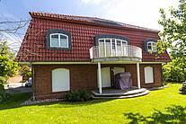 Front der Villa Sonnengarten in Boltenhagen