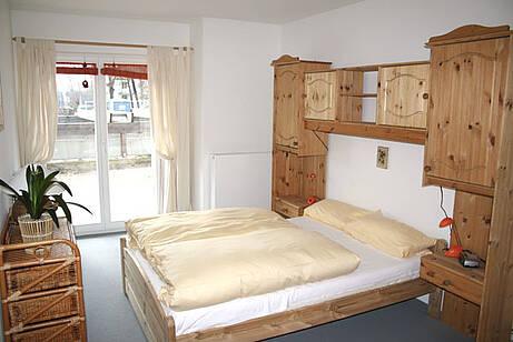 Schlafzimmer Ferienwohnung 02 Villa Wagenknecht