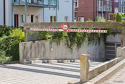 Tiefgarageneinfahrt der Villa Wagenknecht in Boltenhagen